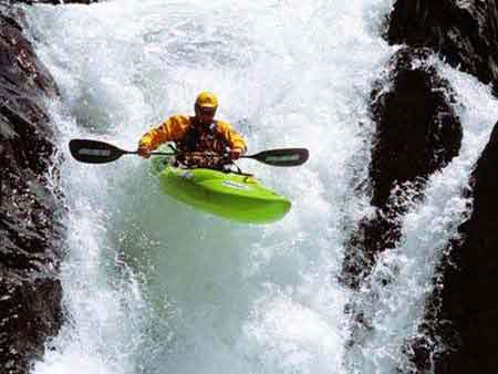 Charges of river rafting in Manali Season
